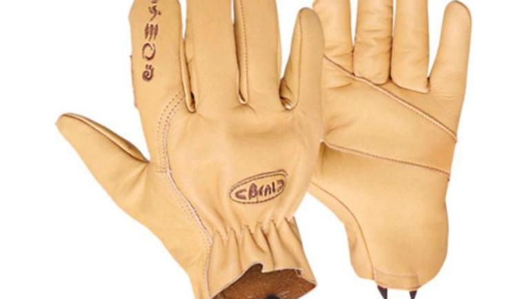 matériels epi travaux hauteur intègre la gamme de gants